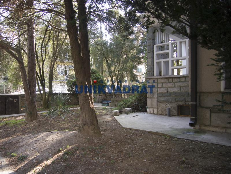 Kuća Prodaja BEOGRAD Savski Venac Dedinje (Beli dvor)